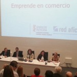 """Mesa redonda """"comercio on-line y comercio off-line"""""""